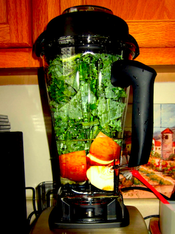 KaleAppleGreenSmoothie.jpg
