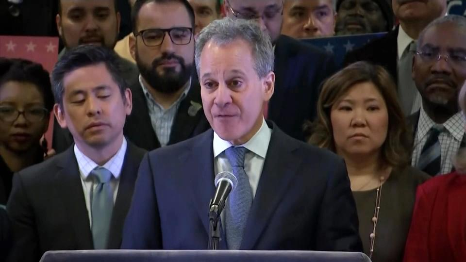 「#MeToo」支持の NY州司法長官 暴行疑惑で辞任 / NY AG Schneiderman ousted