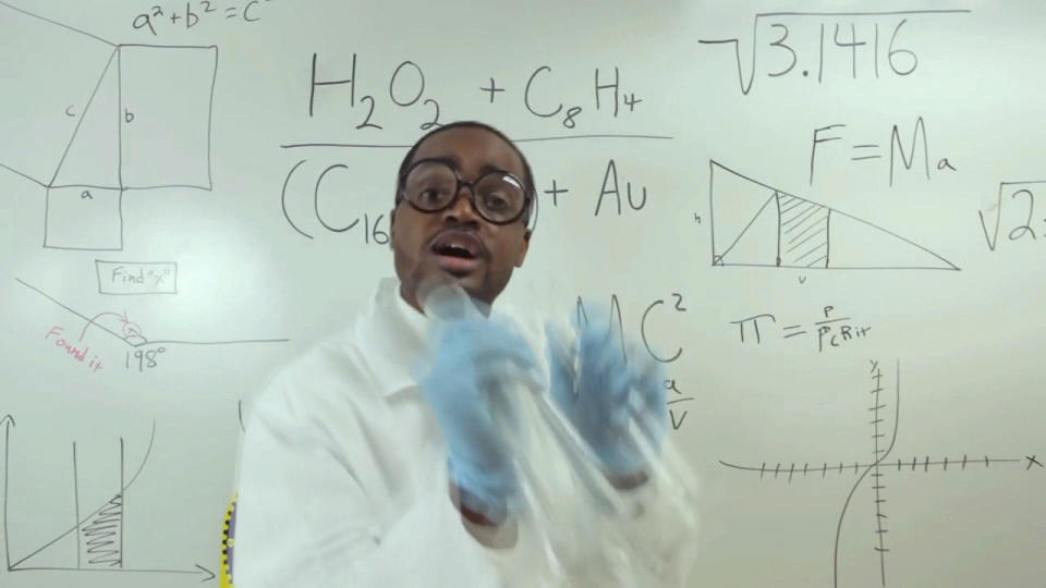 新米先生の自己紹介ビデオが話題