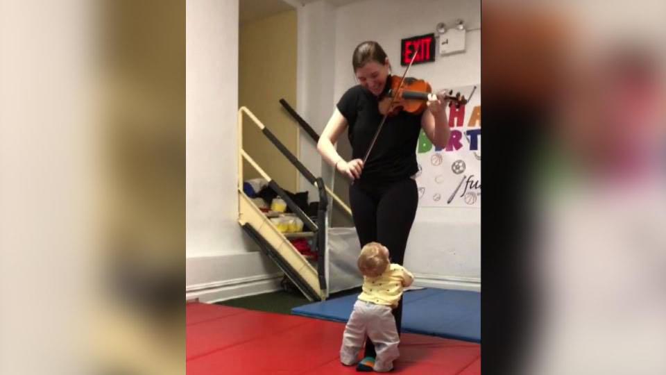 初めてのバイオリンの音色に.../Baby Loves Violin