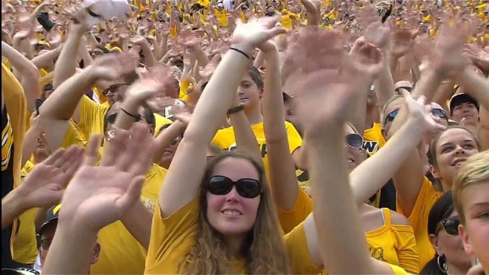 アイオワ大学フットボール 試合の