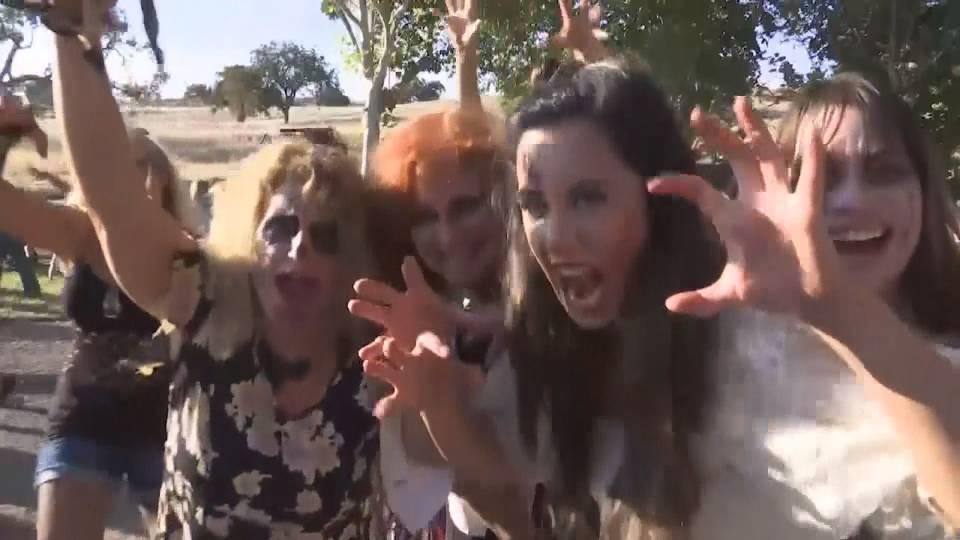 ハロウィーンにスリラーダンス! / Thriller dancing for Halloween