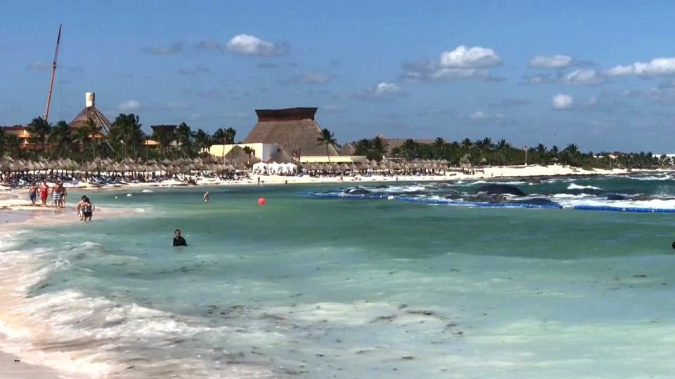メキシコ旅行中の一家4人死亡