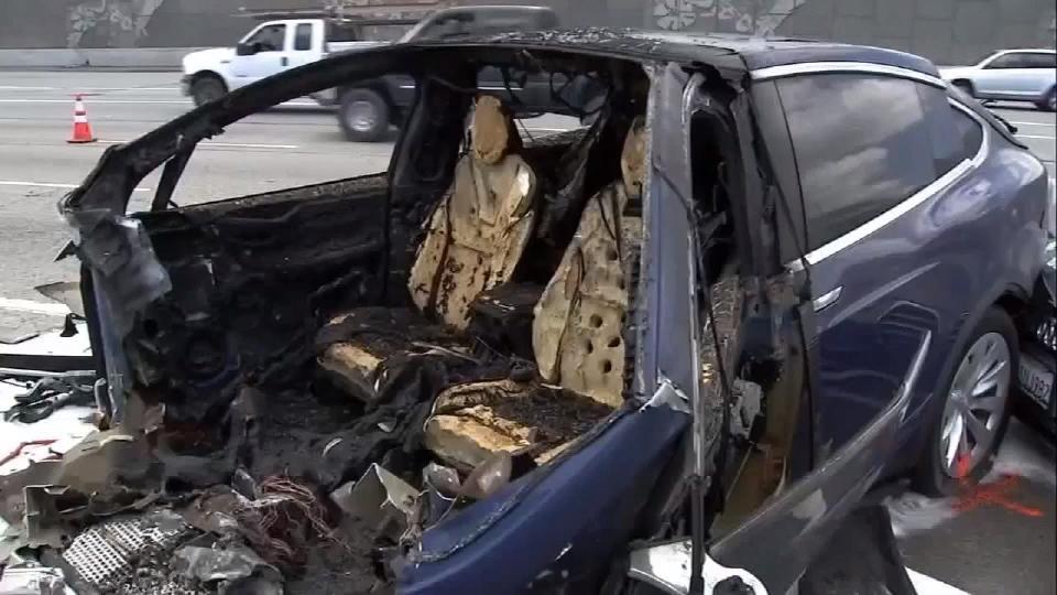 テスラ車で相次ぐ事故 最新技術に疑問符 / Tesla cars are under scrutiny