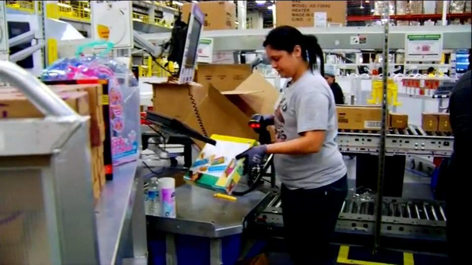 米アマゾン 最低賃金を時給15ドルに / Amazon pay raise